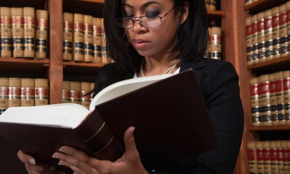 lawyer pros and cons